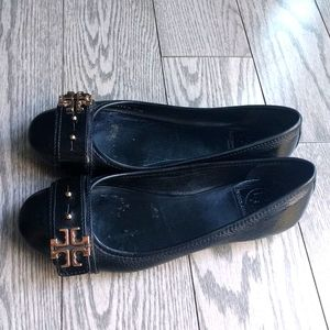 Beautiful genuine leather shoes by Torry Burch